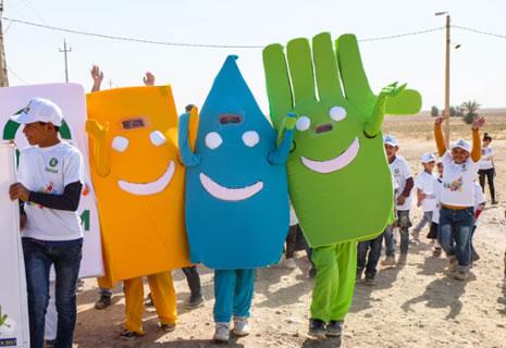 marionetas-lavarse-manos-irak-oxfam